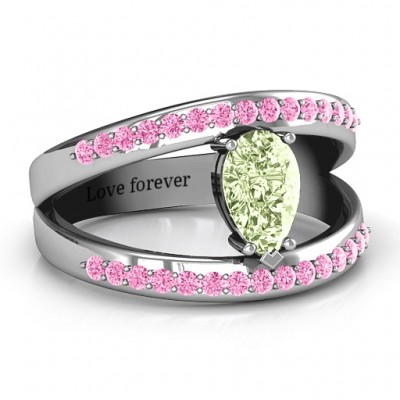 Pear With Flair Ring with Accents